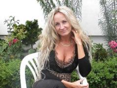 Hausfrau-sucht-dringend-unkomplizierte-Sextreffen
