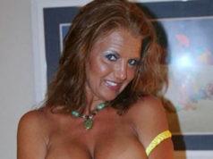 Hausfrau-sucht-ein-Sextreffen