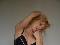Reife Frau sucht diskretes Sextreffen