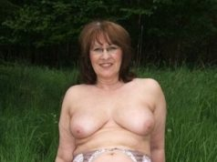 Rattengeile Hausfrau sucht Outdoor Sex in Dresden