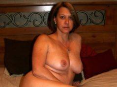 Reife Frau aus Flensburg sucht One Night Stand