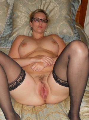 Geile Hausfrau aus Magdeburg sucht sofort Sex!!!