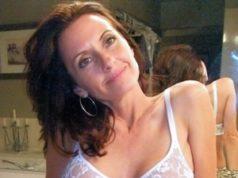 Reife Frau aus Oldenburg möchte mit Mann Sex genießen